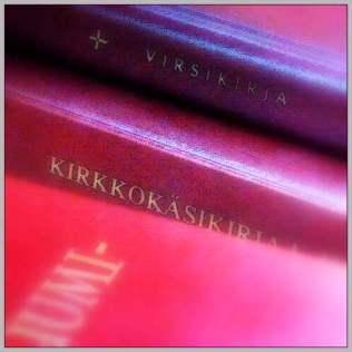 HerDiMH180704 Punaiset kirjat