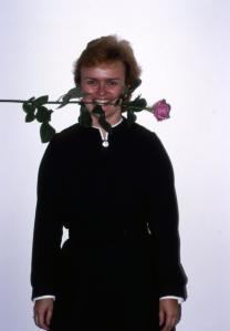 Diakonissa ruusu suussa